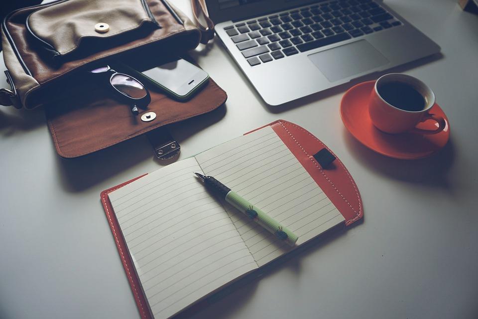 Caffè espresso, macchiato o cappuccino con una macchina in comodato d'uso sul posto di lavoro